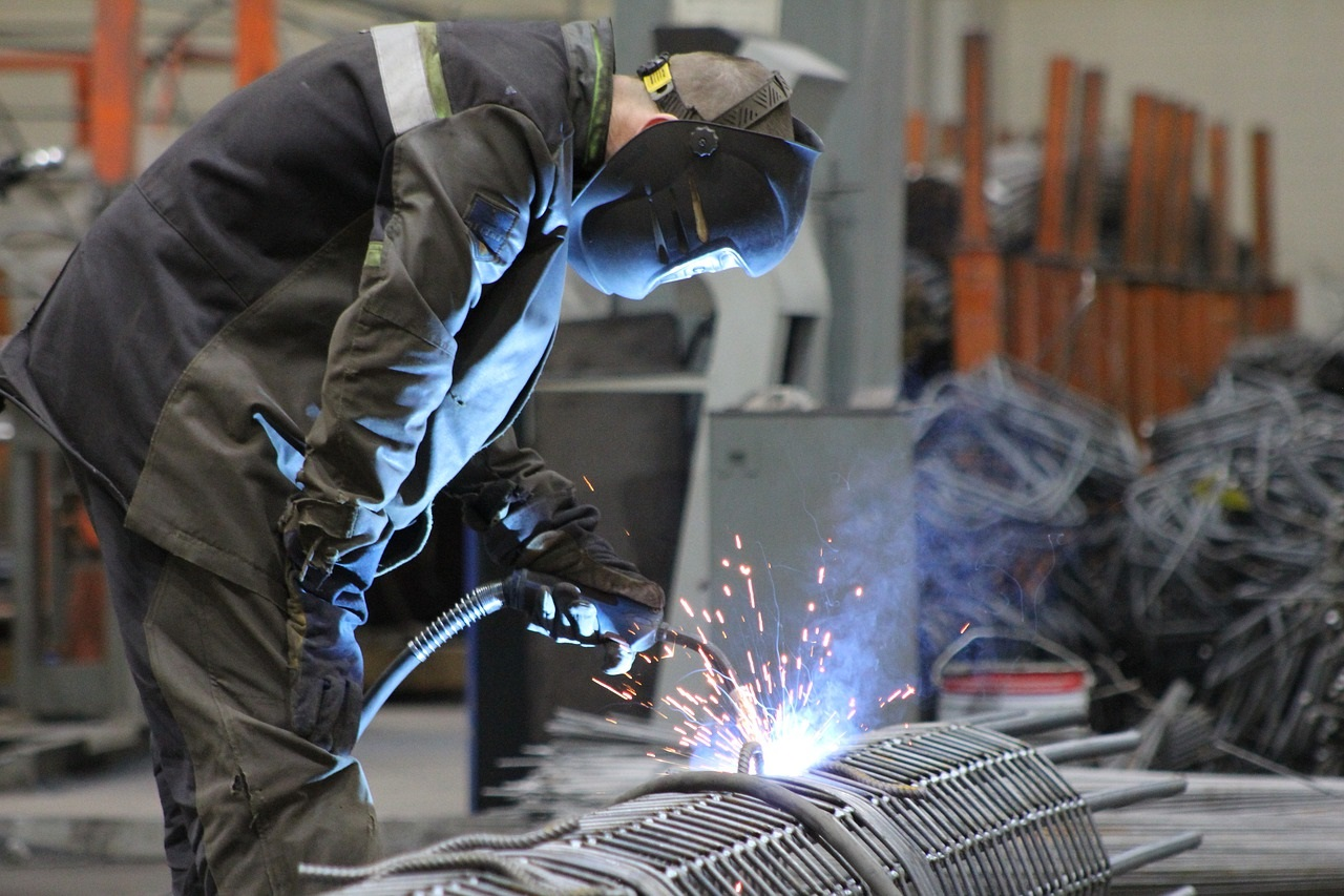 emigrating to australia as a welder